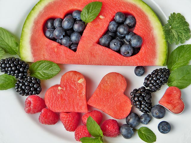 fruit-2367029__480