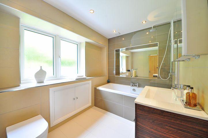 bathroom-1336167__480