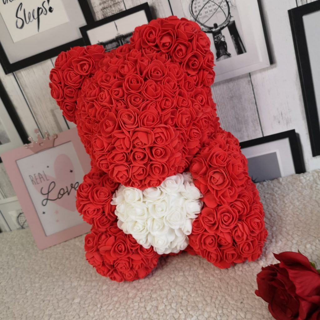 Miś z Róż 40cm czerwony z sercem Exclusive Rose Bear™ 2